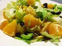 1b- Ensalada con frutos secos y vinagreta de naranja
