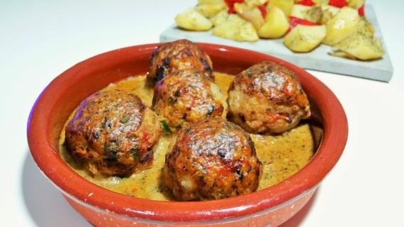 4-albondigas-vegetales-con-salsa-de-castanas