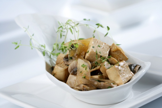 Marinated tofu with mushrooms